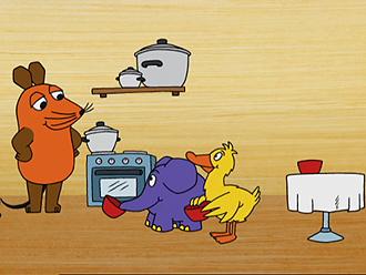 """Rechte: Szenenbild aus der """"Sendung mit der Maus"""""""